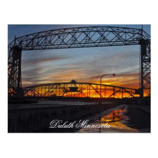 El puente de elevación Duluth Minnesota Tarjetas Postales