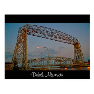 El puente de elevación tarjetas postales