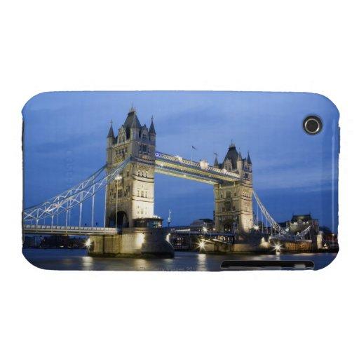 El puente de la torre en la oscuridad iPhone 3 carcasa