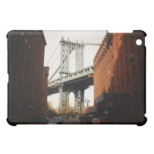 El puente de Manhattan, una opinión de la calle