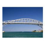 El puente del agua azul es un puente del postal