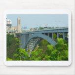 El puente del arco iris, Niagara Falls Alfombrilla De Raton