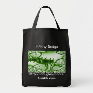 El puente del infinito lleva todo el bolso de tote bolsas