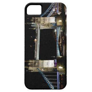 El puente del río Támesis y de la torre en la noch iPhone 5 Carcasas