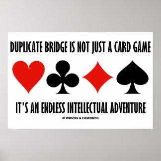El puente duplicado no es apenas un juego de tarje póster