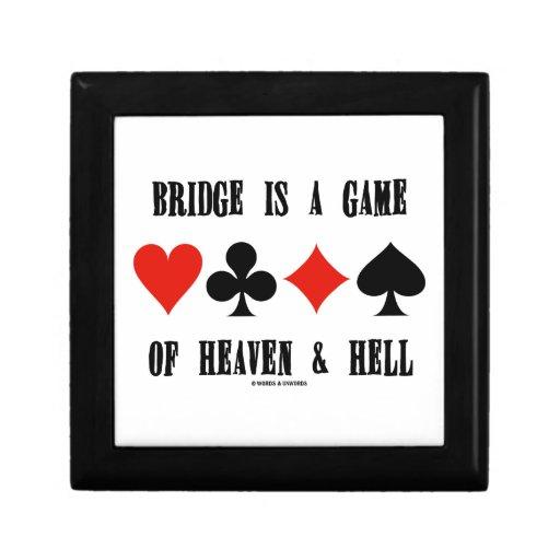 El puente es un juego del cielo y del infierno (lo caja de regalo