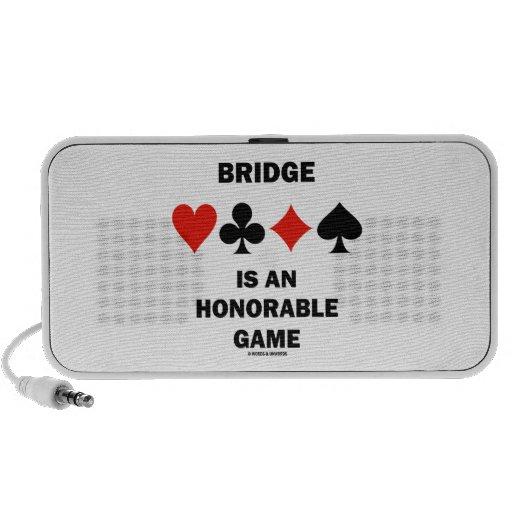 El puente es un juego honorable (cuatro juegos de mini altavoces