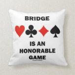 El puente es un juego honorable (cuatro juegos de cojines