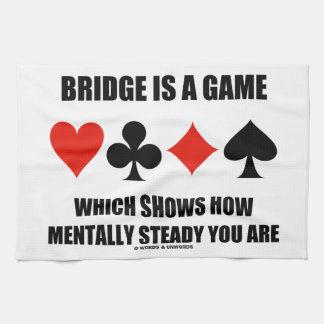 El puente es un juego que muestra cómo mentalmente toallas de mano