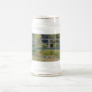 El puente japonés de Claude Monet Jarra De Cerveza