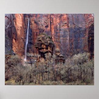 El púlpito y la cascada efímera impresiones