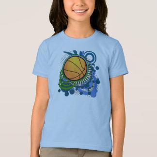 El punk del baloncesto circunda la camiseta azul