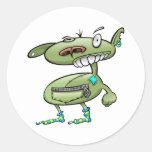 el punk enrrollado pega al monstruo verde pegatinas redondas