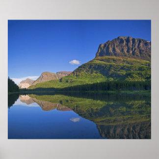 El punto de Grinnel y la montaña de Allen reflejan Póster