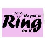 Él puso un anillo en él - para que la novia sea