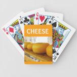 El queso rueda naipes barajas