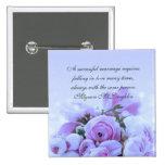 El ramo azul de lujo de los rosas cita el botón pin