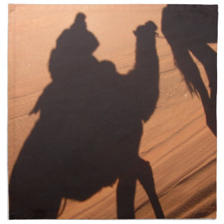 El rastro del camello en el desierto de Jordania Servilleta Imprimida