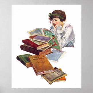 El ratón de biblioteca que goza de una revista de póster