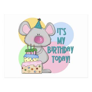 El ratón embroma el regalo de cumpleaños tarjetas postales