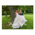 El regalo de boda feliz de los pares le agradece postal