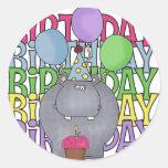 El regalo de los niños del hipopótamo del cumpleañ etiqueta redonda