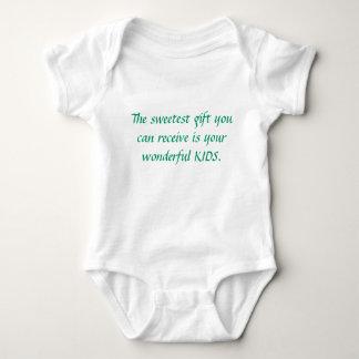 El regalo más dulce que usted puede recibir es su body para bebé
