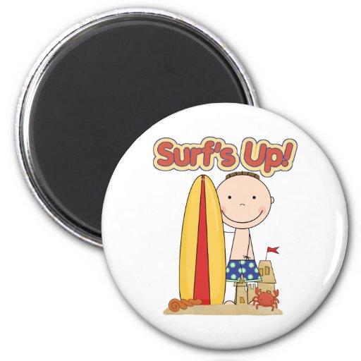 El regalo que practica surf ascendente de la resac imán redondo 5 cm
