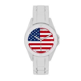 El reloj blanco de las mujeres de la bandera ameri