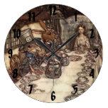 El reloj de pared enojado de Arturo Rackham de la