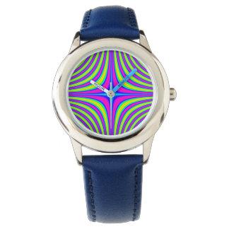 El reloj del niño azul coloreado multi de la