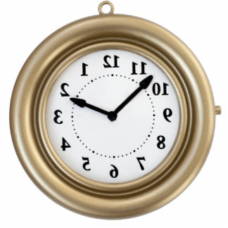 El reloj divertido del conejo blanco fotoescultura vertical
