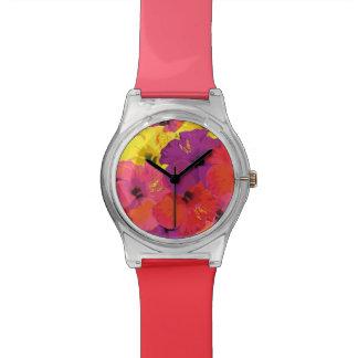 El reloj floral colorido con dos entonó bandas