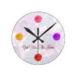 """El reloj floral redondo con """"dios bendice este"""""""