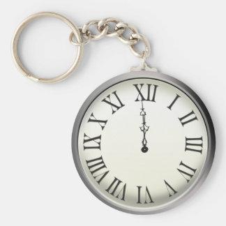 El reloj pega Noche Vieja de medianoche Llavero Redondo Tipo Pin