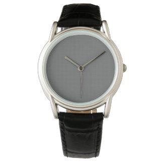 El reloj W05B del fondo de los hombres grises