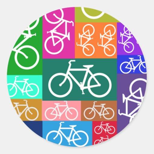 El remiendo monta en bicicleta arte pegatina redonda