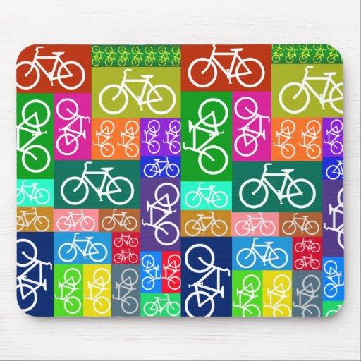 El remiendo monta en bicicleta arte tapetes de raton