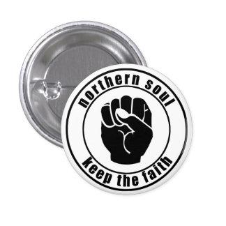 El remiendo septentrional del alma guarda el botón pins