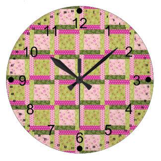 El remiendo verde rosado bonito ajusta el modelo d reloj de pared