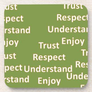 El respecto de la confianza entiende goza posavaso