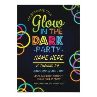 """El resplandor en el cumpleaños oscuro invita al invitación 5"""" x 7"""""""