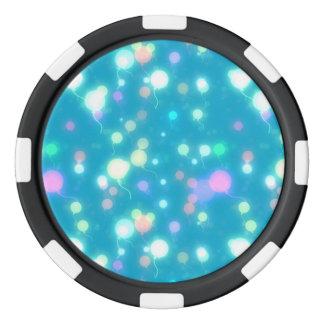 El resplandor ligero hincha diseño azul brillante fichas de póquer