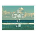 Él restoreth mi escritura del verso de la biblia postales