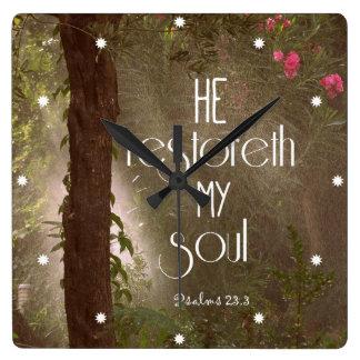 Él restoreth mi verso de la biblia del alma reloj cuadrado