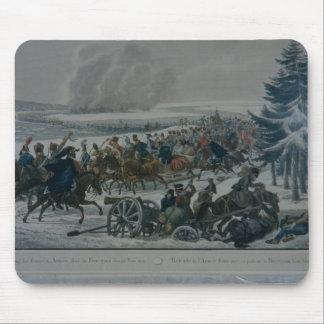 El retratamiento del ejército francés de Moscú Alfombrillas De Ratones