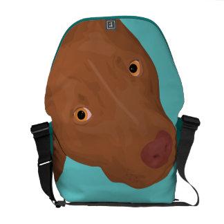 El retrato del pitbull lindo bolsa de mensajería