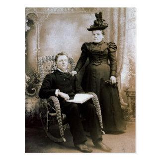 El Reverend y la señora LAHR en su 17mo aniversari Postales