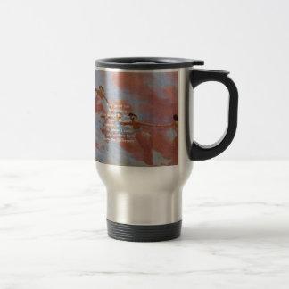 El rezo de la serenidad con la pintura de los tazas de café
