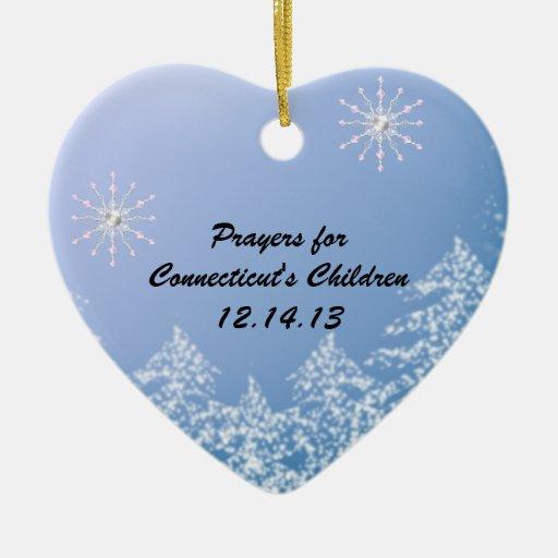El rezo de los niños conmemorativos de la masacre  ornamento de navidad